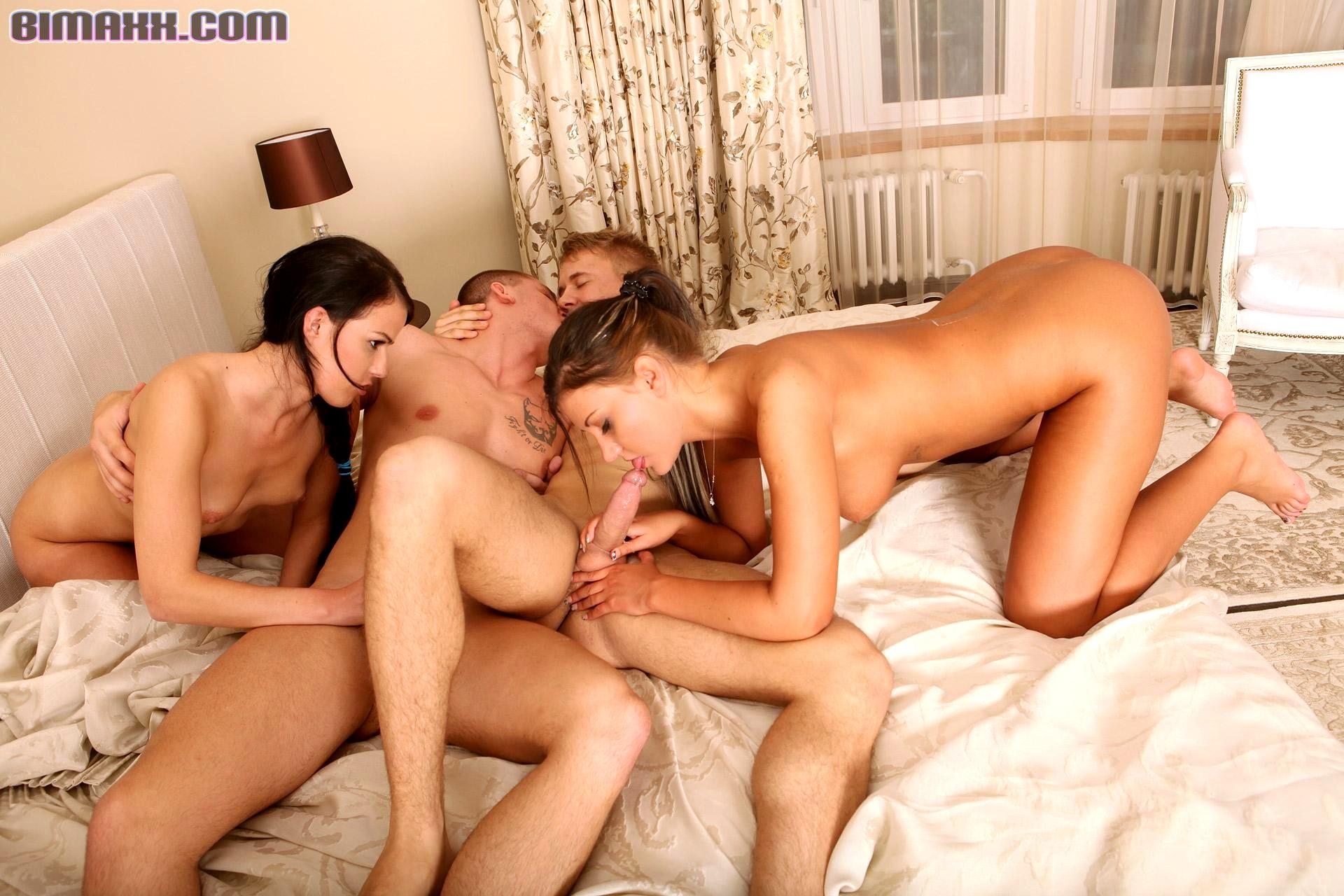 imeyushiy-tele-seks-porno-video-lesbiyanki-v-chetverom-pizda-litsa-telku