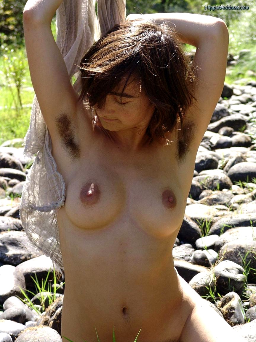naked-hippie-girls-butts-petite-paws-s-indiana