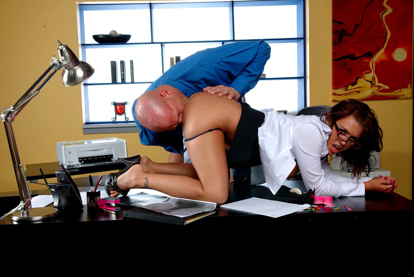 Office Sex Confessions In Australia
