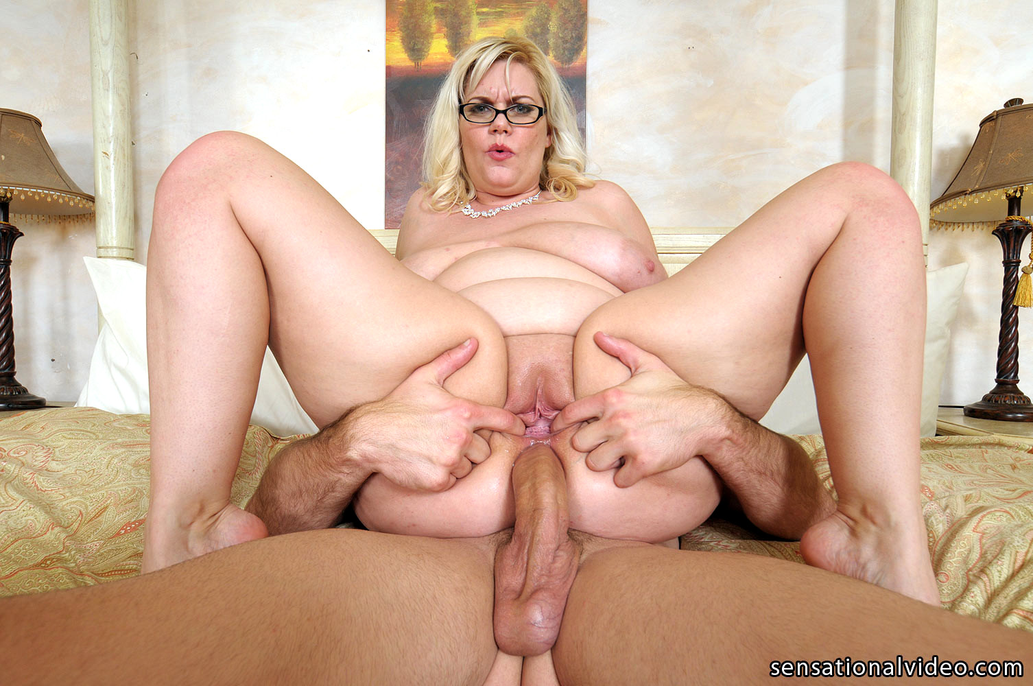 sexprono-video-mature-ass-fucking-bitches-witherspoon