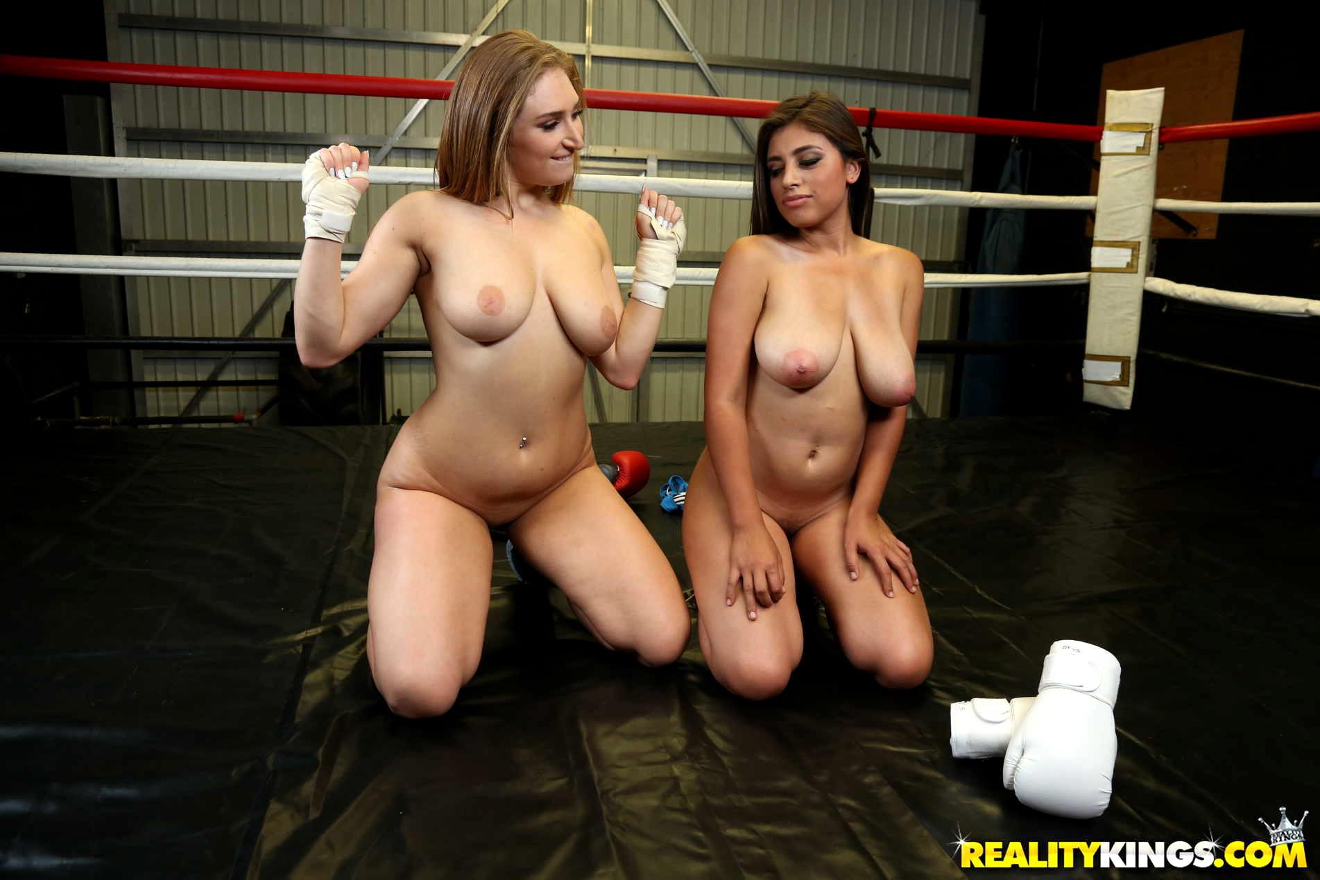 We Live Together Ella Knox Skylar Snow Saxy Boxing If -1698